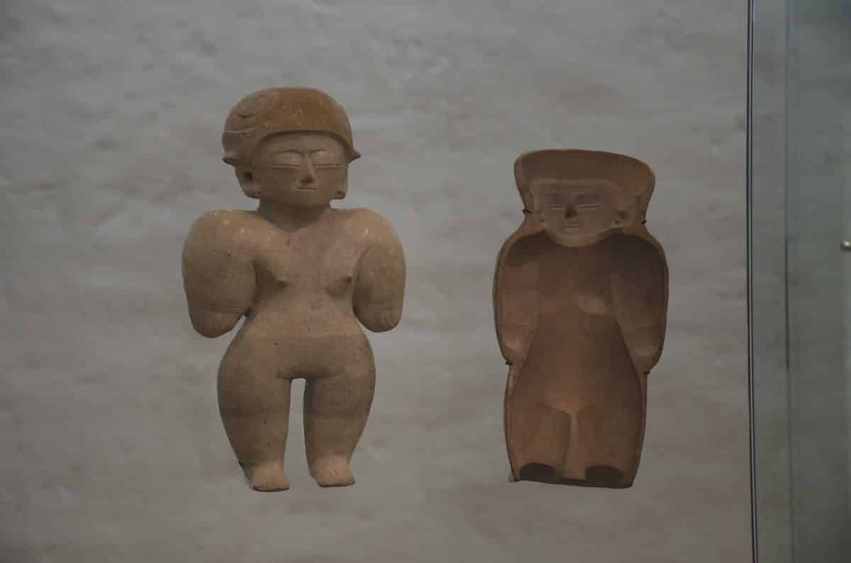 Figure w/ mold; Culture Chorrera (950 – 350 BC); Casa del Alabado, Quito, Ecuador  | ©Angela Drake