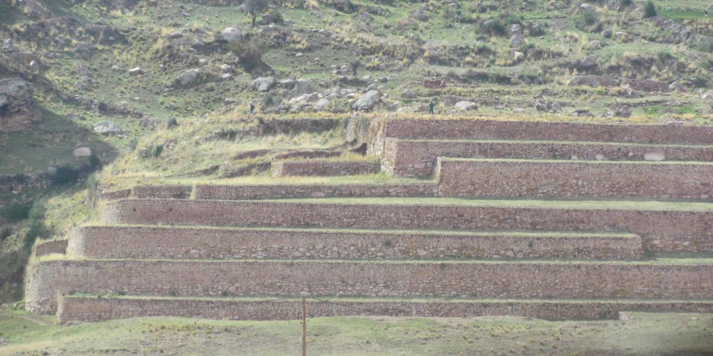 Note the people on the pyramid at Pukara.