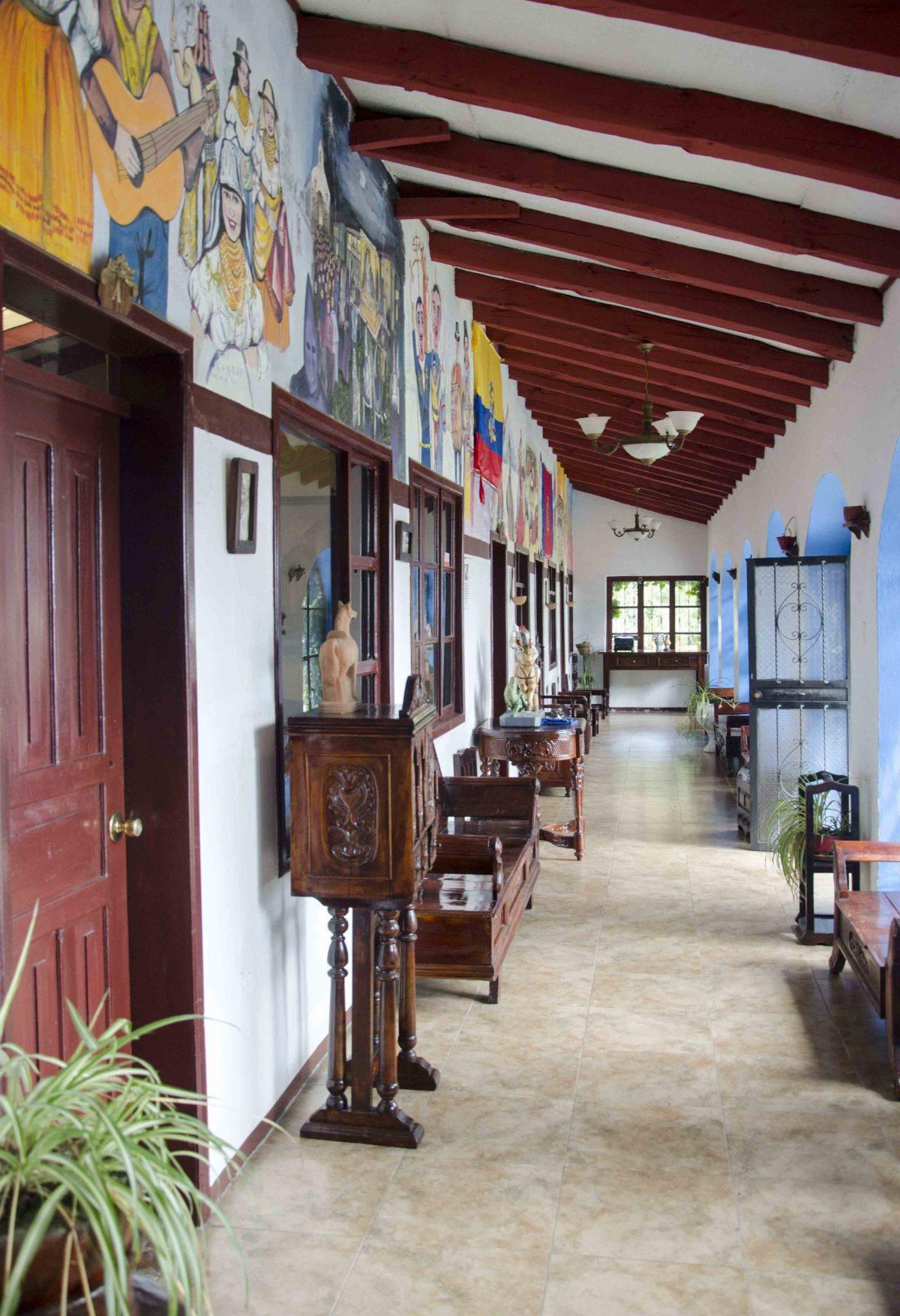 Hallway, San Jorge Eco Lodge, Quito