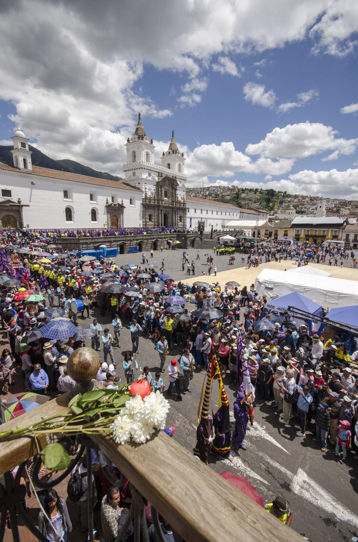 Front of the Iglesia San Francisco on Good Friday, Quito, Ecuador | ©Angela Drake