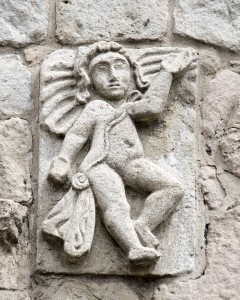 Angel carrying a Shigra