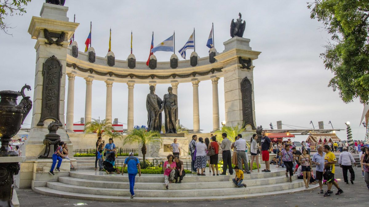Monument to Independence on the Malecon 2000, Guayaquil, Ecuador | ©Angela Drake