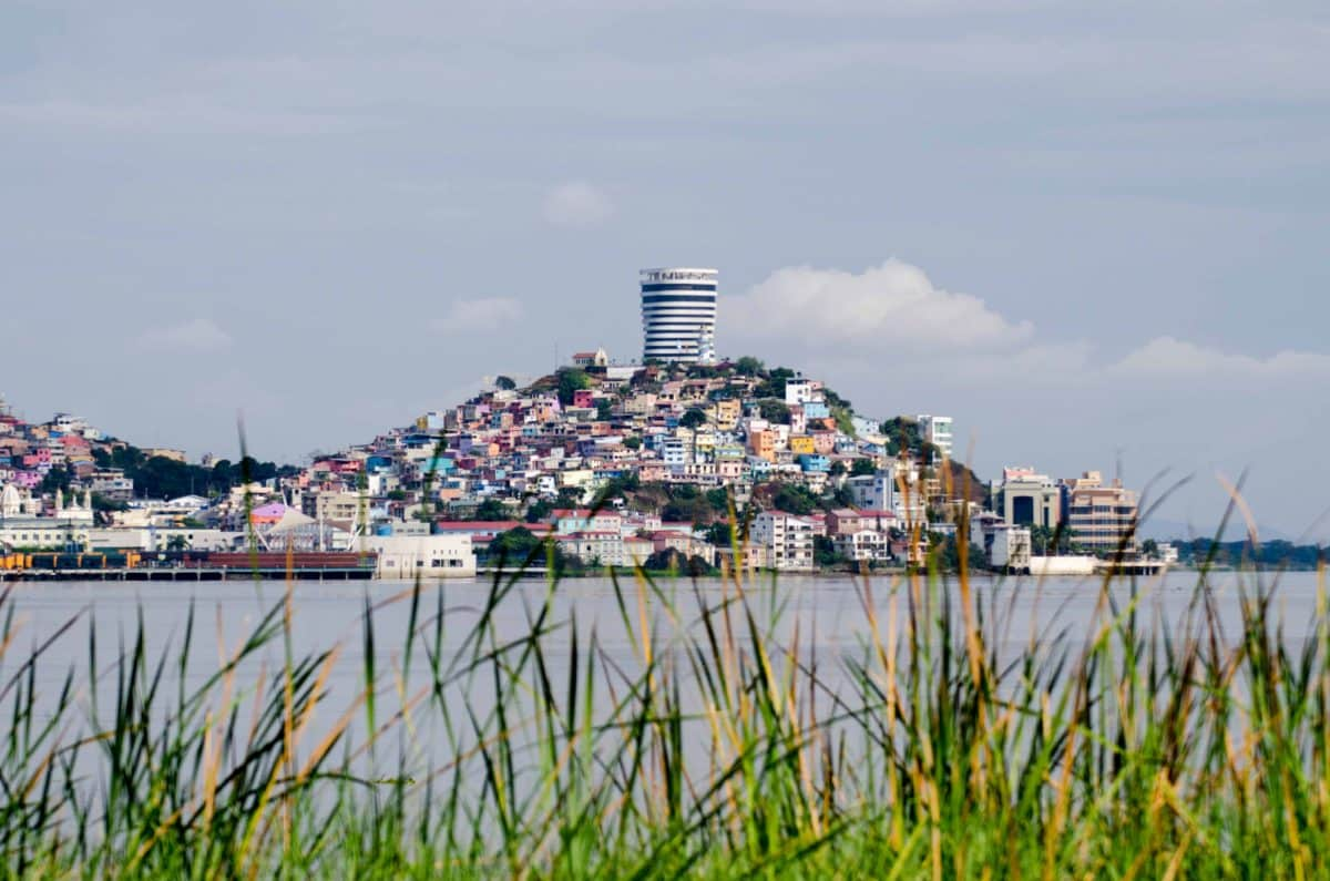 How Many Steps to the Lighthouse in Guayaquil?