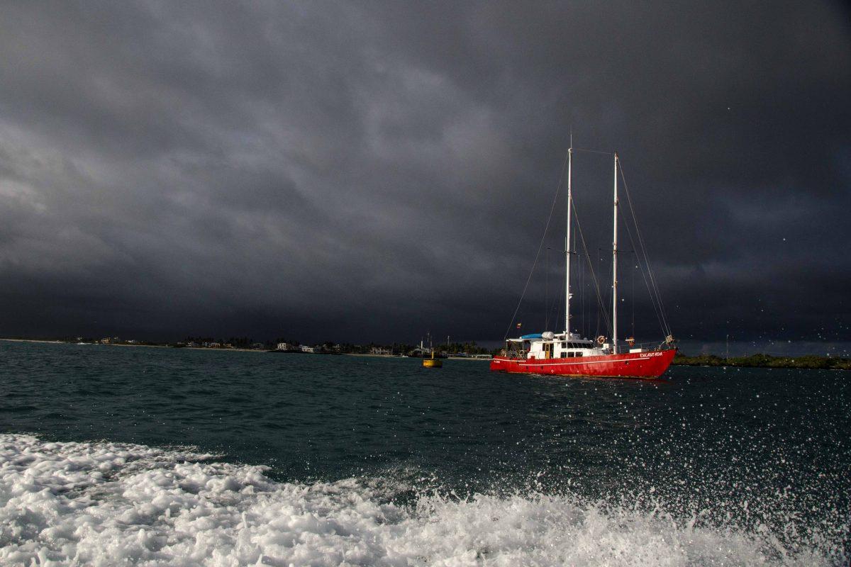 Rapidly Changing Weather, Isabela Island, The Galapagos, Ecuador   ©Angela Drake / Not Your Average American; Ecuador Por Mis Ojos