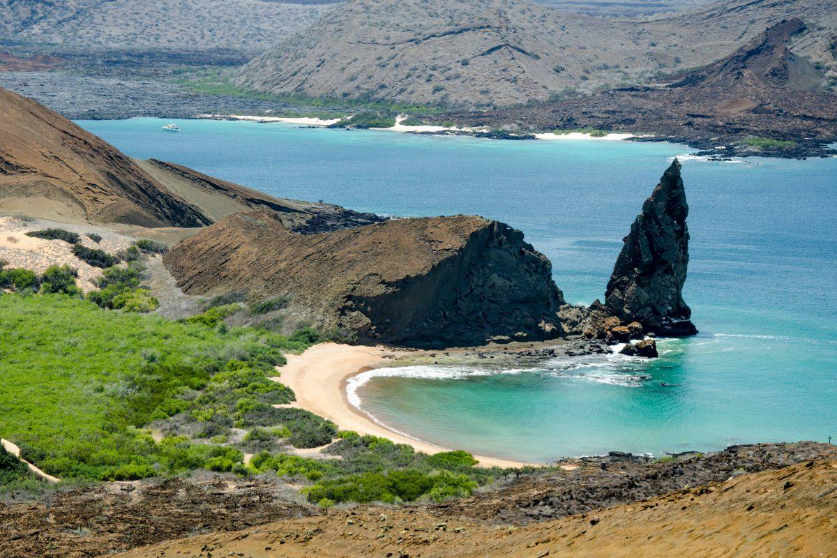 Bartolome Island is a day trip from Santa Cruz | © Angela Drake