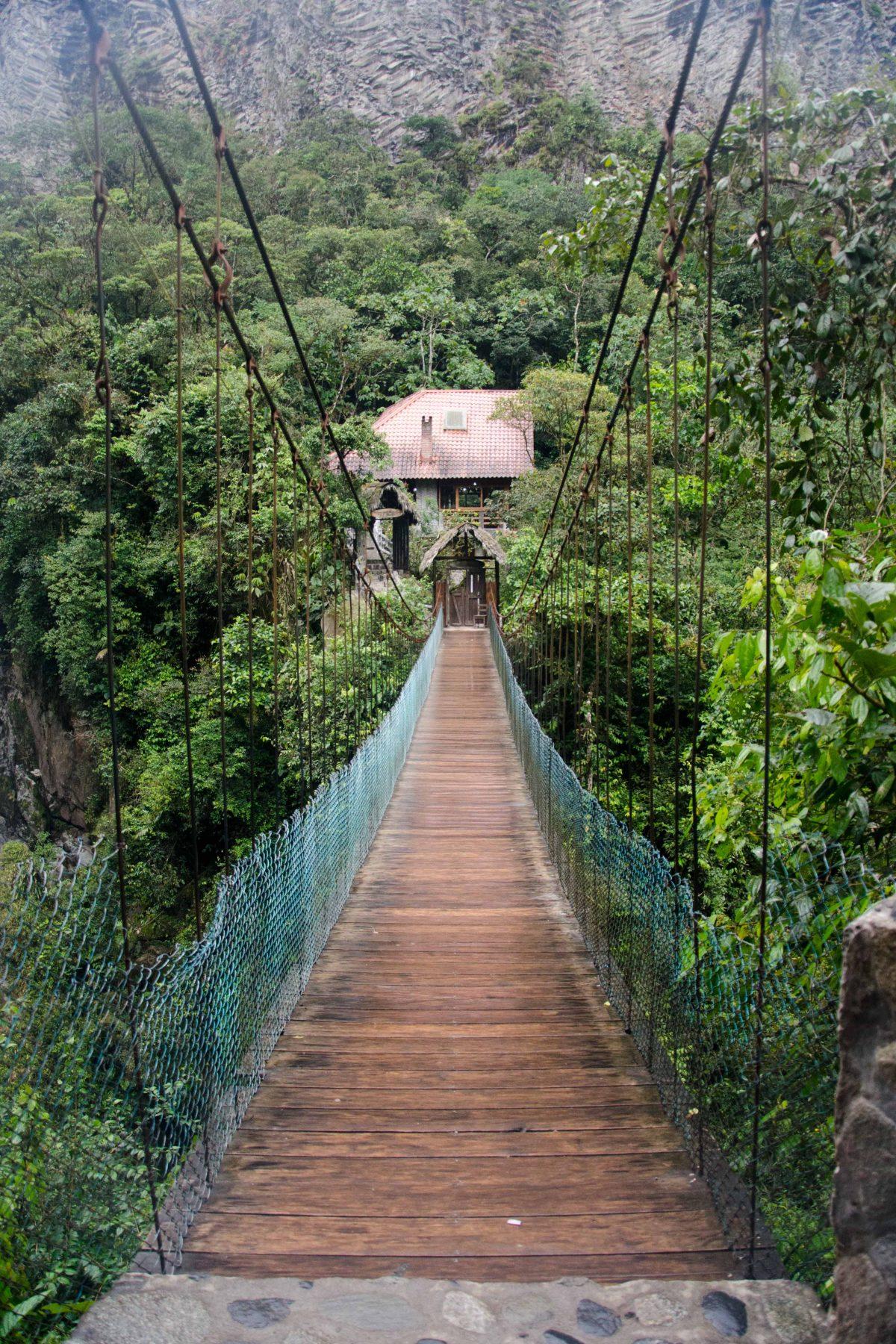Pailón del Diablo, Baños, Tungurahua Province,, Ecuador Por Mis Ojos