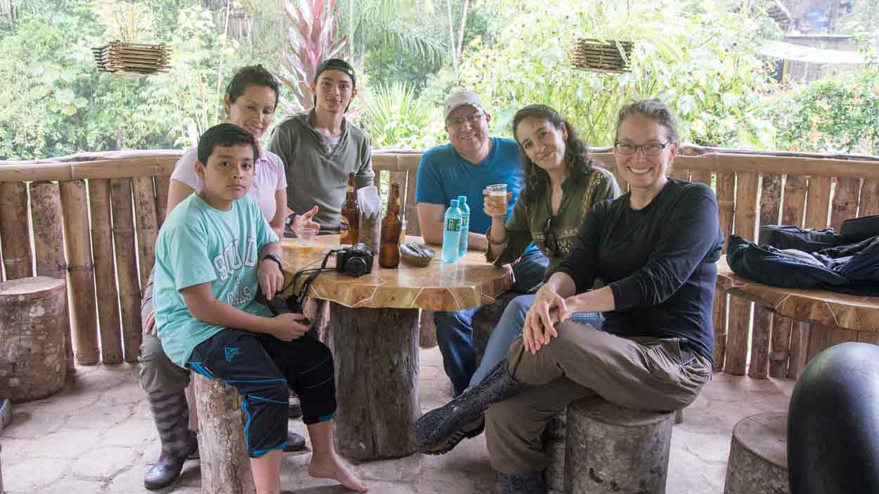 Lunch on the Rio Chirapi with Nacho Cifuentes, our local guide | ©Angela Drake