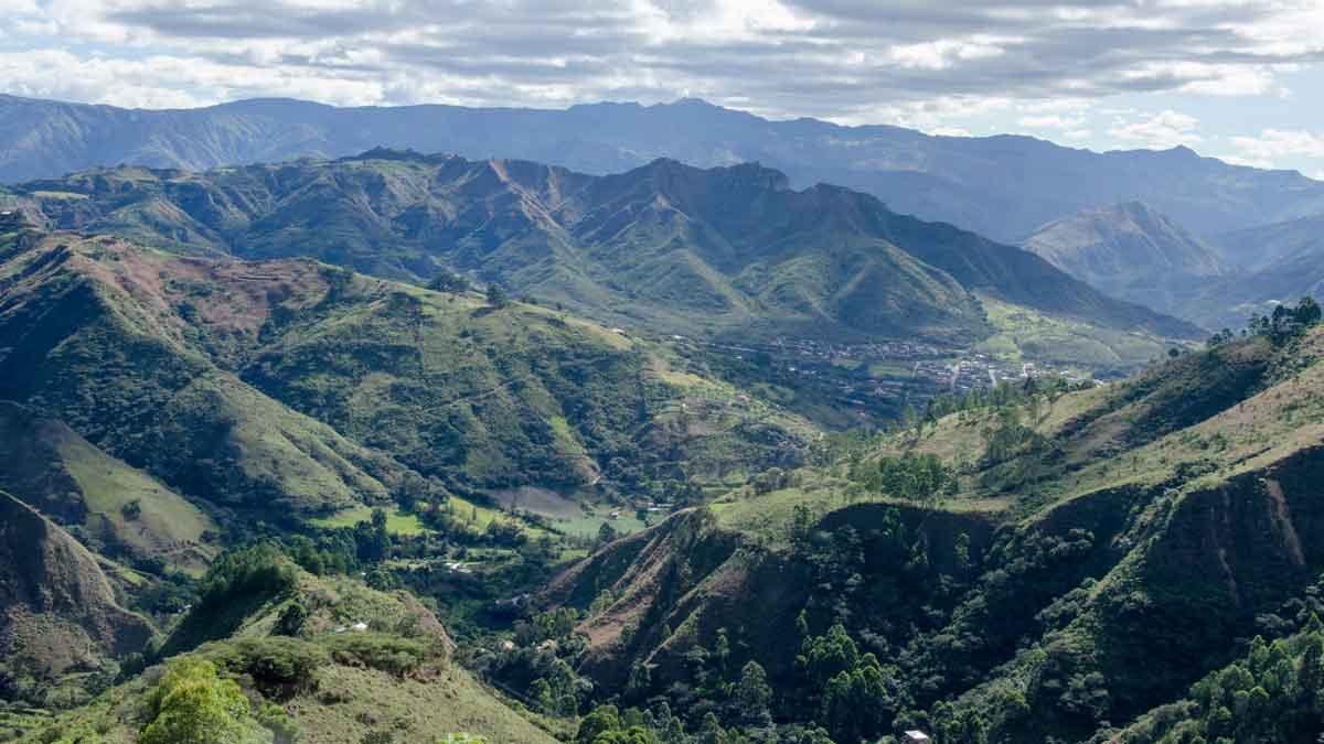 The Andes near Vilcabamba, Ecuador | ©Angela Drake