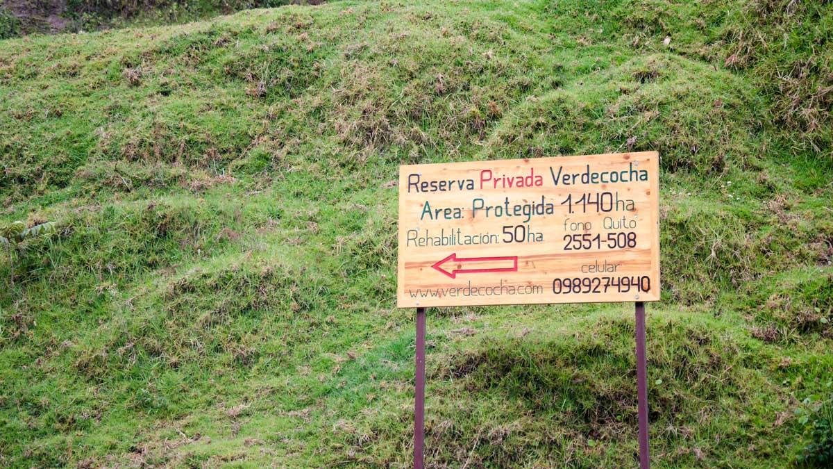Sign to the Reserve Verdecocha along the Ruta del Colobrí, Ecuador | ©Angela Drake
