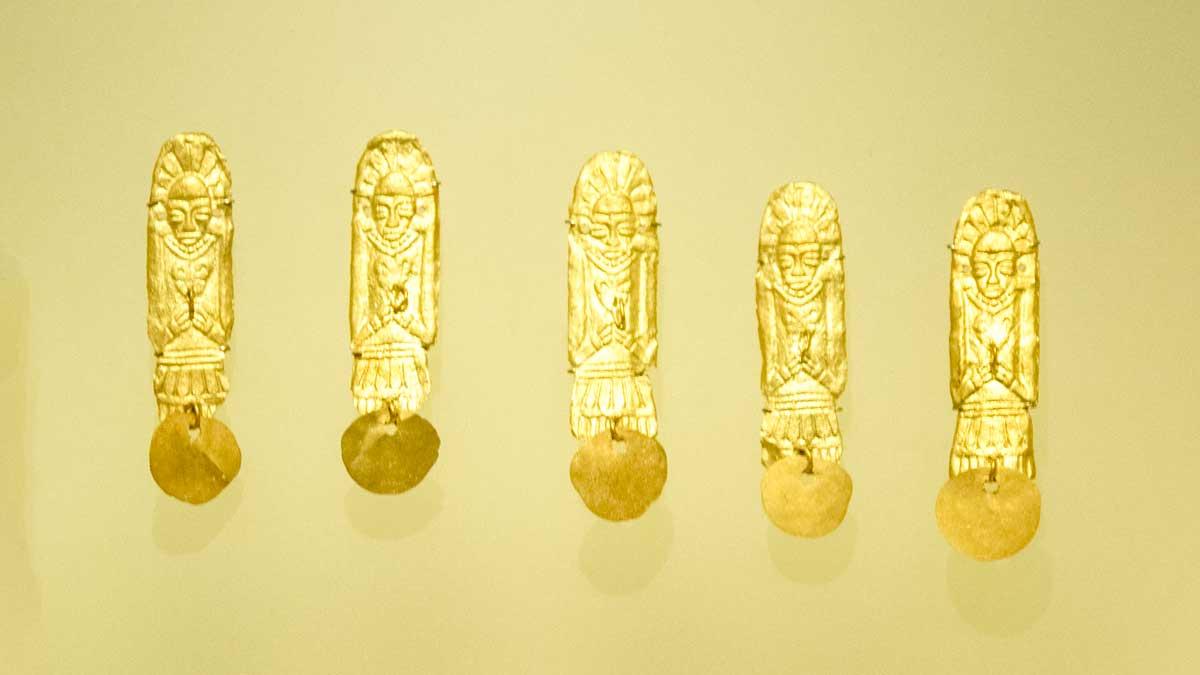 Gold Figures Made Using Wax Mold, 1080 CE in Chichinquirá, Boyacá | Gold Museum Bogota | ©Angela Drake