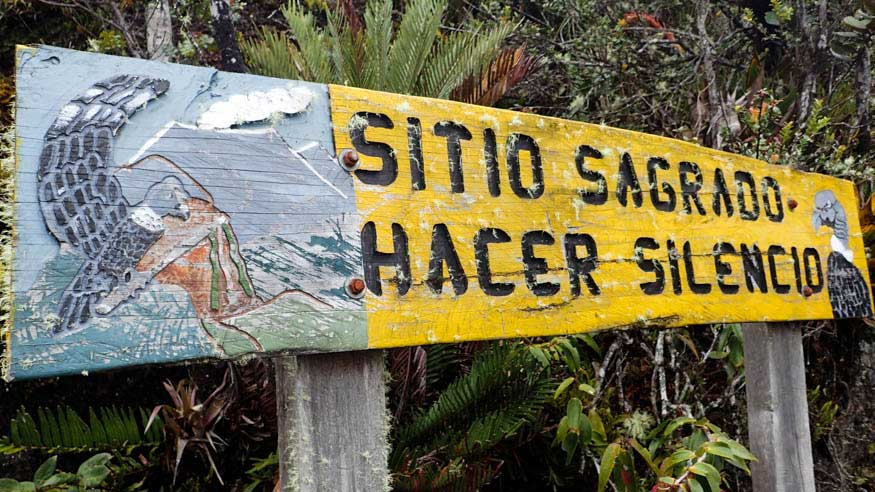 Sitio Sagrado Sign, Purace, Colombia | ©Angela Drake