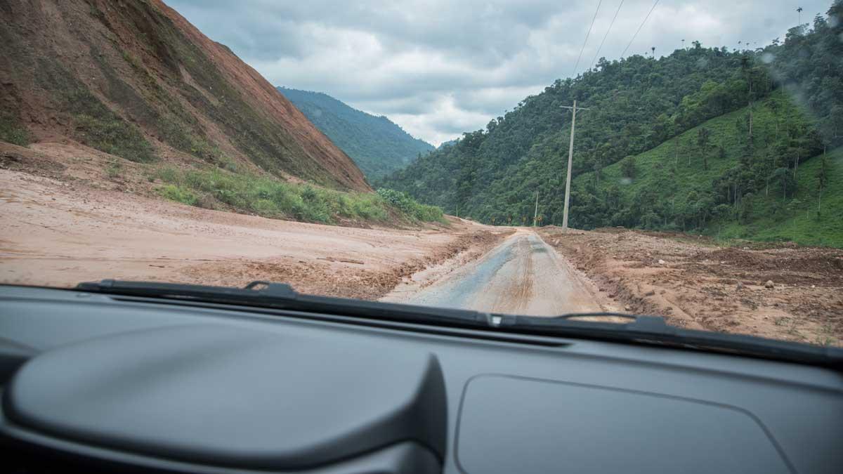 Recent landslide | ©Angela Drake
