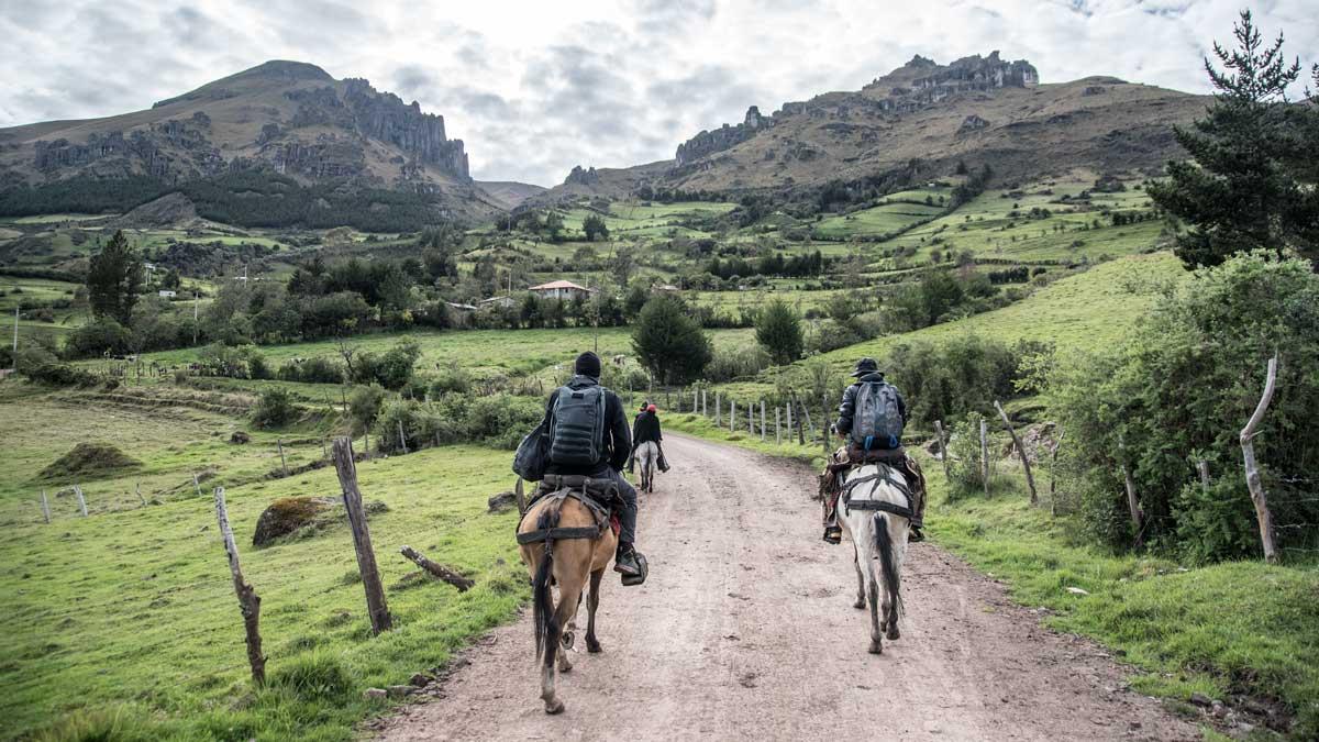 Hiking out to the Inca Trail, Chunchi, Ecuador   ©Angela Drake