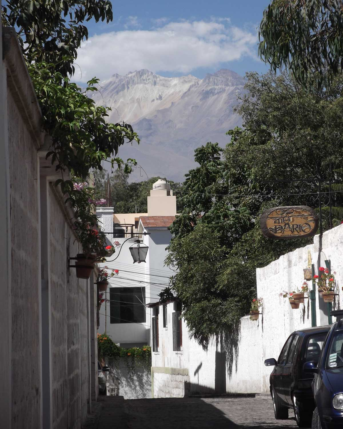 Chachani Volcano from the streets of Arequipa, Peru | ©Eleanor Hughes